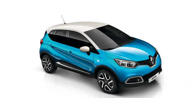 Renault Captur_Pacific Blue (body) with Ivory (roof)