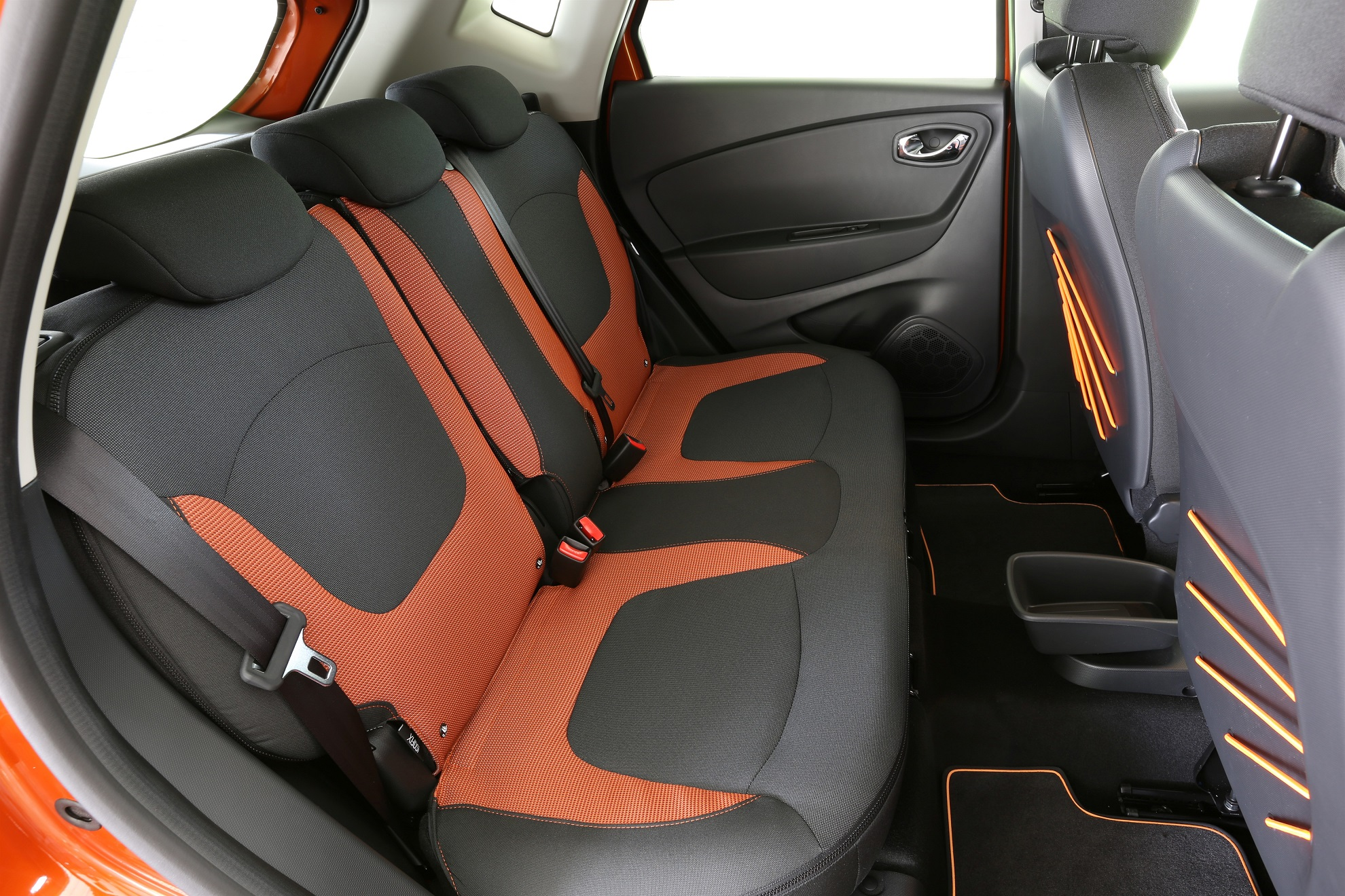 Renault Captur_Zip Collection zipped seat covers 2