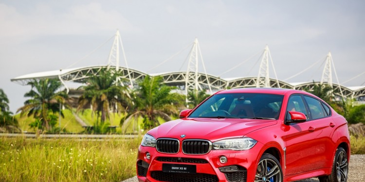 The New BMW X6 M (1)