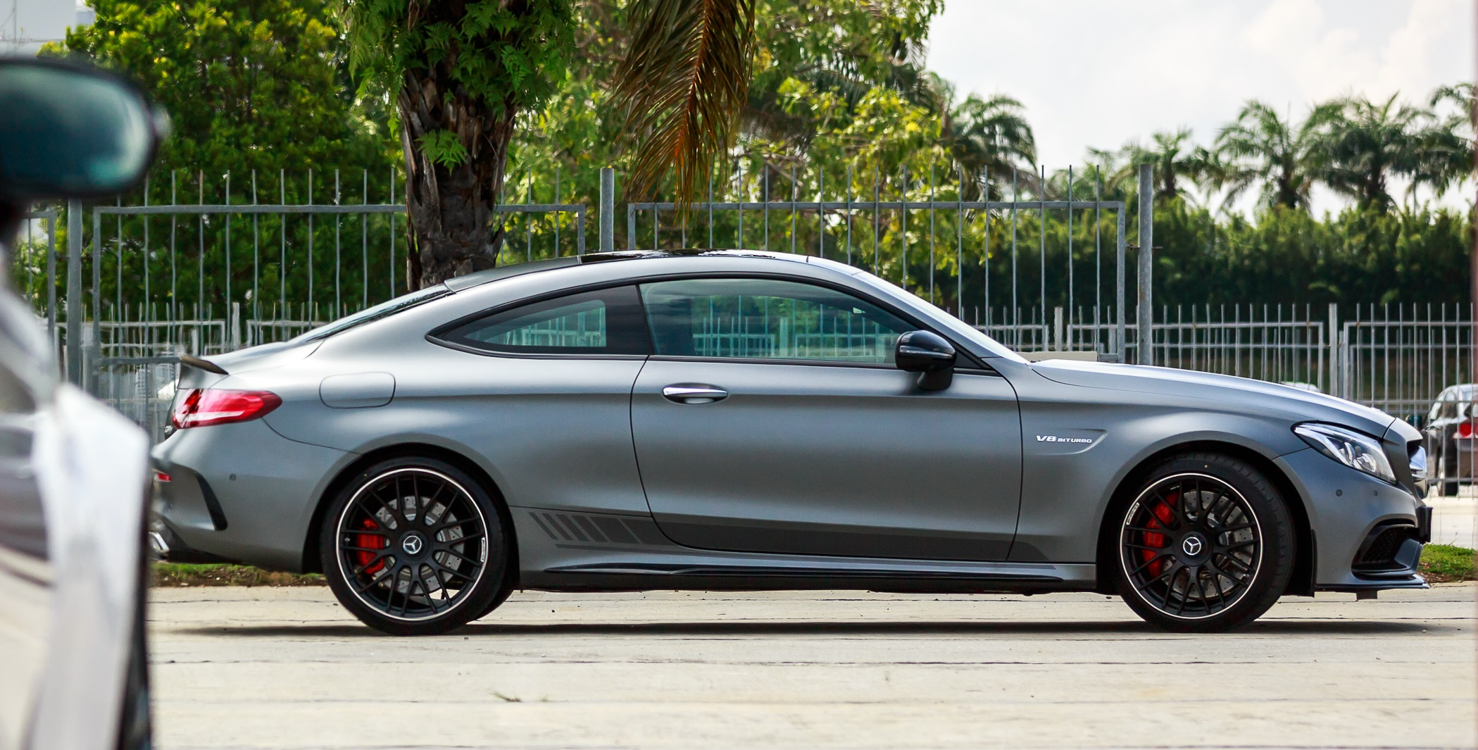 mercedes-amg-c-63-s-coupe-8a