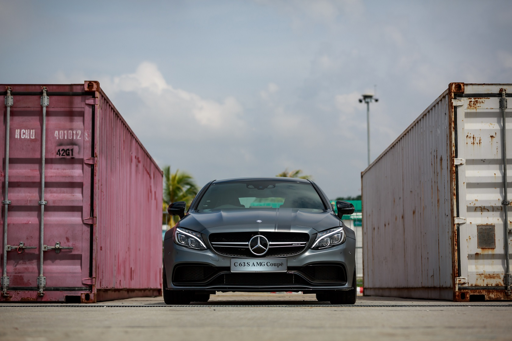 mercedes-amg-c-63-s-coupe-edition-1-1