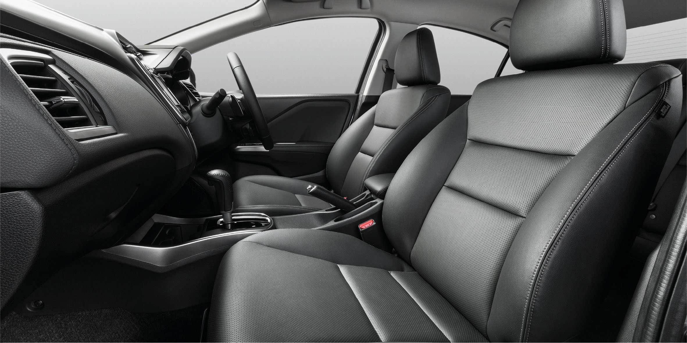 The interior of the new city is developed under honda s man maximum machine minimum design principle that maximizes space for driver passenger and goods