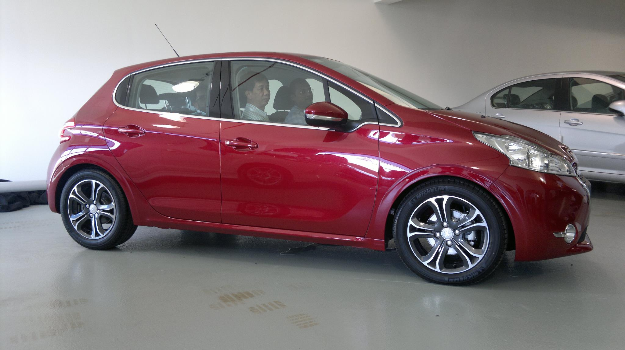 The New Peugeot 208 Up Close And Personal